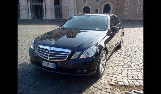 Aim Limo Rome Tours : Mercedes E class