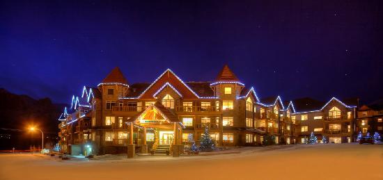 Stoneridge Mountain Resort by CLIQUE : Stoneridge Mountain Resort Winter