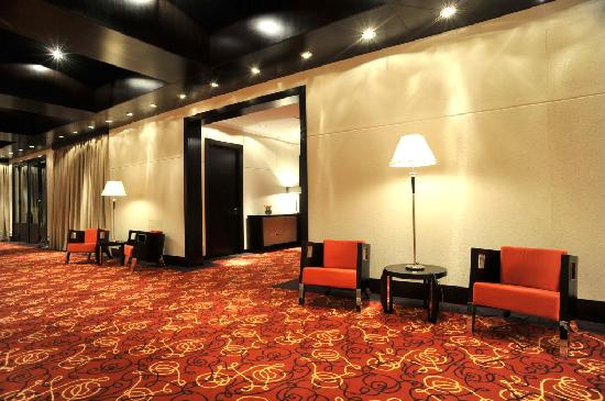 Holiday Inn Buenos Aires Ezeiza Airport: Foyer