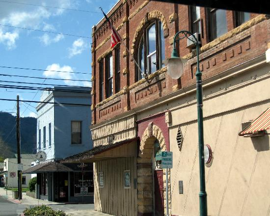 West Miner Street Historic District: Yreka Historic District
