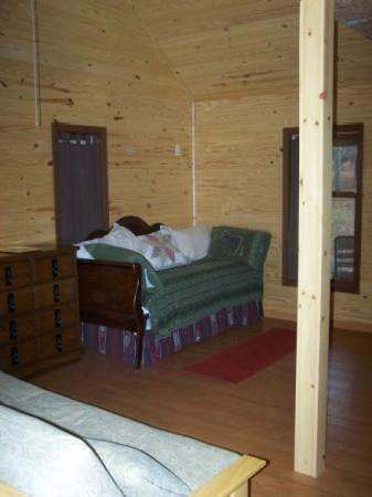 Little Easy Cabins: Daybed. (picture off our website)