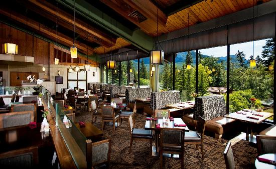 Banff Park Lodge Resort and Conference Centre: The Chinook Family Restaurant
