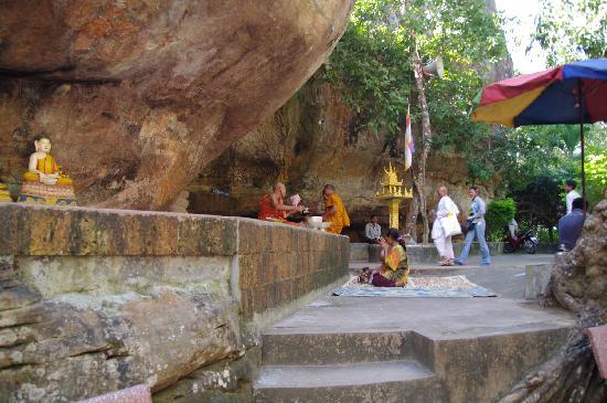 Phnom Kulen National Park: Prayers