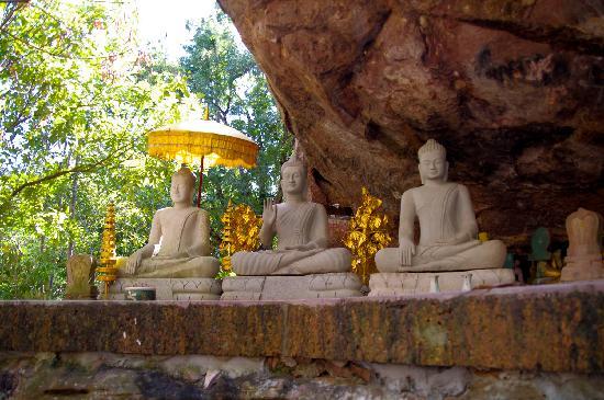 Phnom Kulen National Park: Buddhas