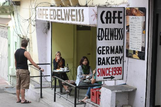 Cafe Edelweiss: Edelweis Cafe