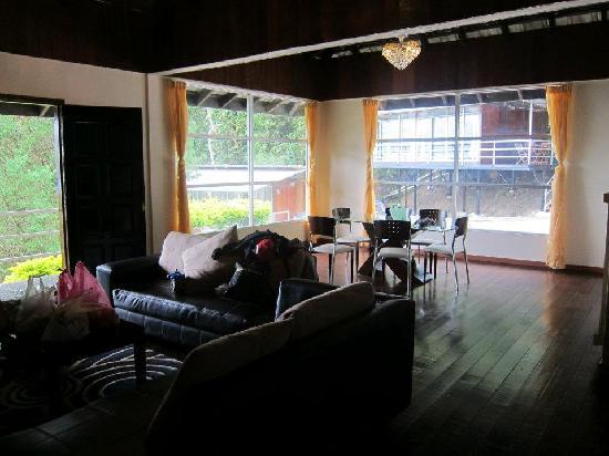 J Residence : Villa Living room/Dining room