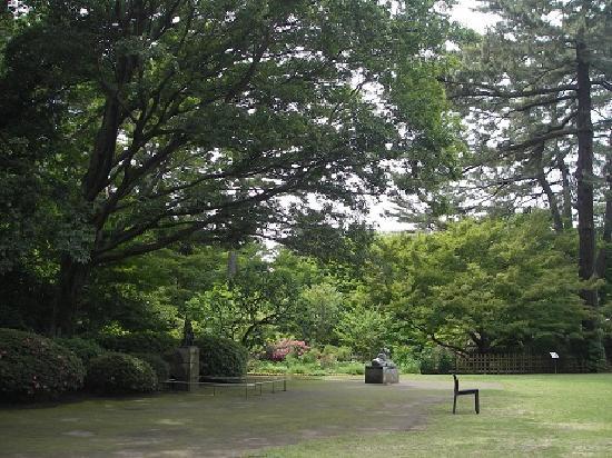 มินาโตะ, ญี่ปุ่น: 庭園美術館1