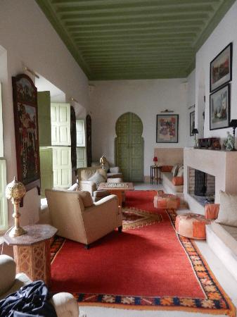 Riad Camilia: Salon où se reposer après le hamam