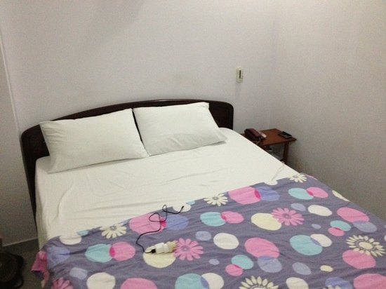 Vy Khanh Guesthouse: neat and clean rooms