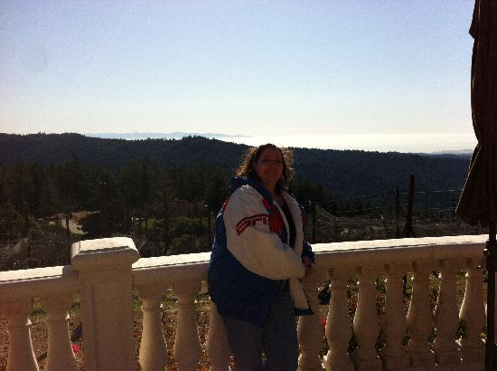 Loma Prieta Winery: Me on the patio balcony overlooking the vineyard and the ocean and Montery in the backgroun