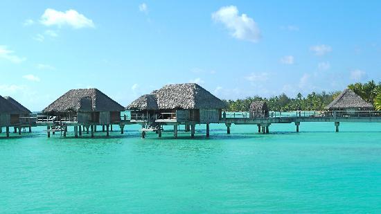 Four Seasons Resort Bora-Bora : guest rooms