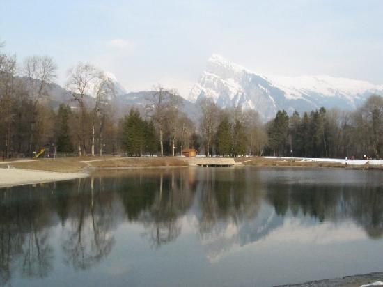 Hotel le Morillon : Le lac à 2 pas (un peu plus)