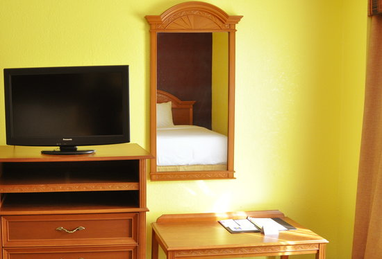 Comfort Inn & Suites Airport: New Renovations