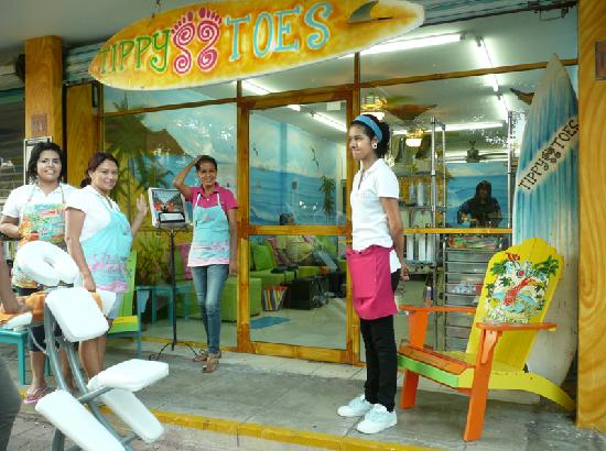 Tippy Toes: debbie and staff at Tippytoes