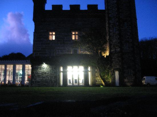 Castell Deudraeth: The Castell side & dining room on a winter's evening