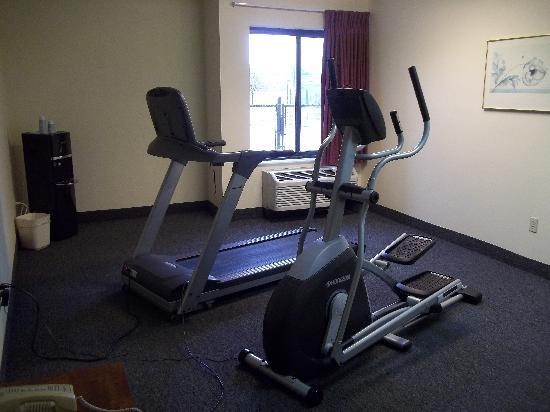 Super 8 - Harrison OH : Super 8 Fitness Center