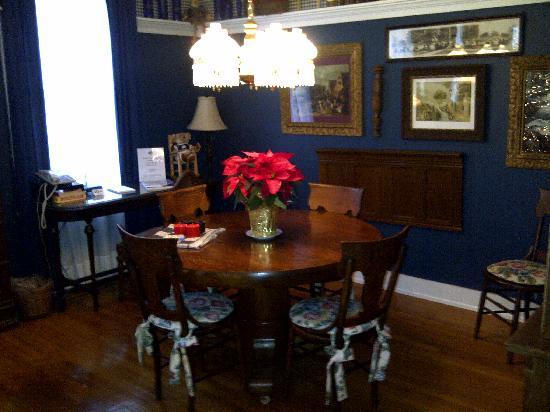 Gibson's Lodgings: Berman Parlor