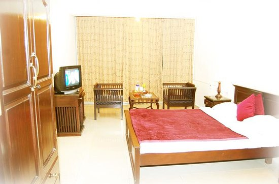 Photo of Grand Paradise Inn Kodaikanal