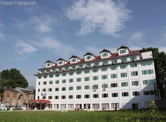 Hotel Pamposh
