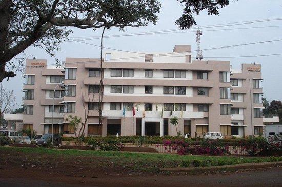Kamat Yatri Nivas
