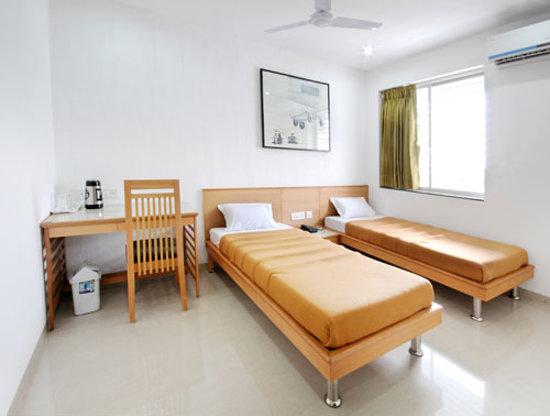 Photo of de ecobiz Hotel Ahmedabad