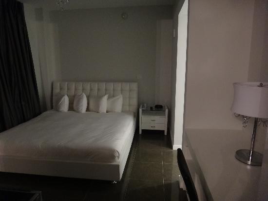 Boulan South Beach: bedroom