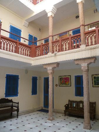 Courtyard at Diggi Palace