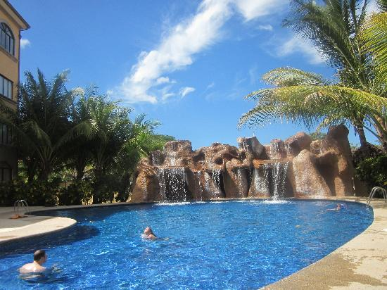 Sunrise Condos of Tamarindo : Pool at the Sunrise Condominiums