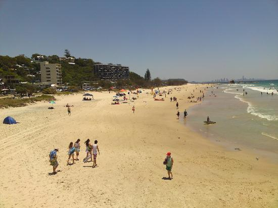 Bay of Palms Resort: Currumbin Beach