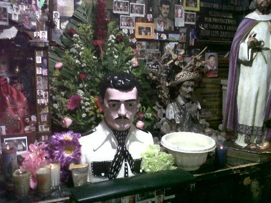 Old Mazatlan: malverde