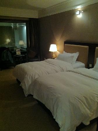 Chun Hui Yuan Resort: View from the entrance