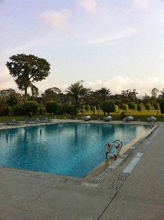 Malabo, Guinea Ecuatorial: Hilton Pool area