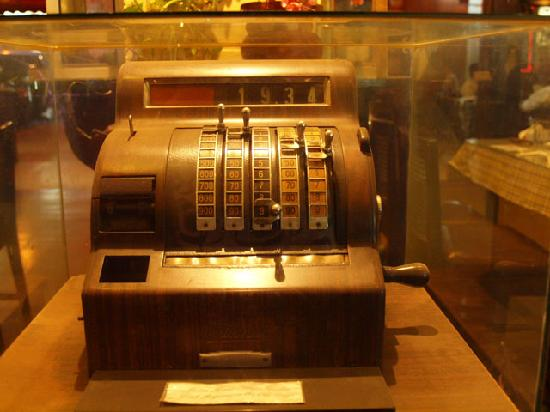 Tip Top Restaurant: Vintage cash register