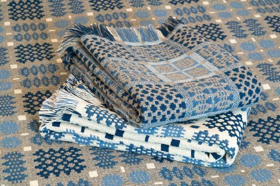 Trefriw Woollen Mills: Bedspread thrown T3 2 & T3 20