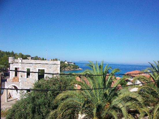 Aiolos Hotel Apartments: View from Balcony