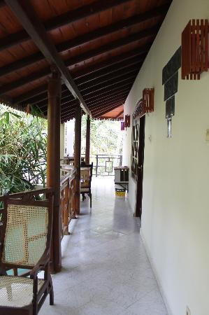 Primrose Guest House: Терраса третьего этажа.