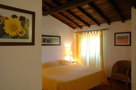 Monte do Serrado de Baixo: Cereal room double bed