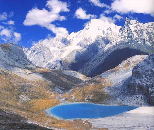 Sichuan Tibet Highway (southern route) : yading