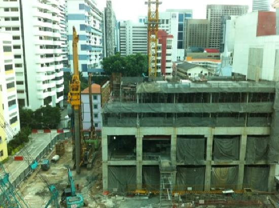 Somerset Bencoolen: construction opposite