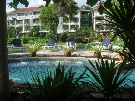 Centara Grand Beach Resort Samui: Hotel heated whirlpool