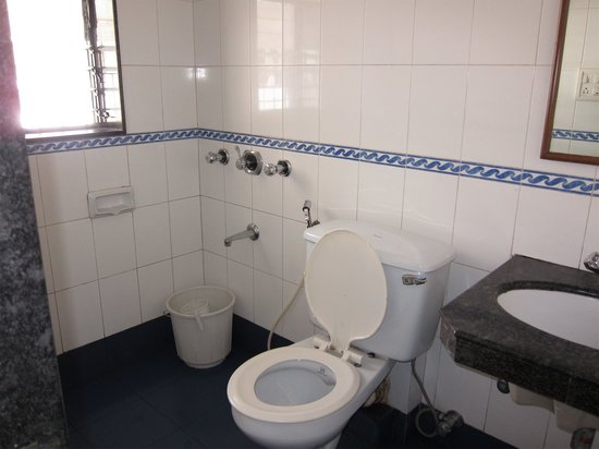 YMCA International House and Programme Centre : Toilet
