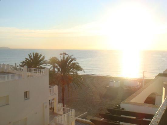 Hotel Bahia Serena: View (5th Floor)