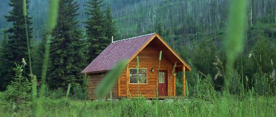 Polebridge Ranch Cabins: Nice comfortable cabins and cottages
