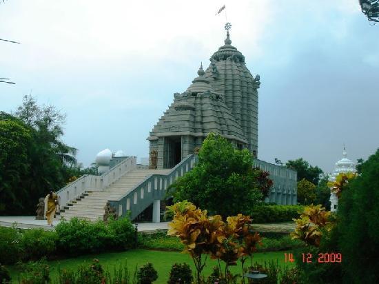 Jagannath Temple, Kanathur : main temple