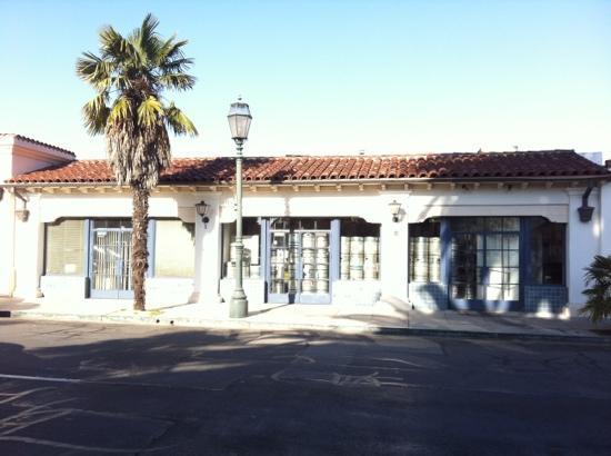 Santa Barbara Brewing Co: kegs!