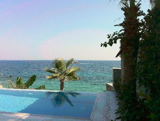 Porto Zante Villas & Spa: great pool with great view