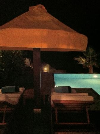 Porto Zante Villas & Spa: relaxing at night seeing the pool was fantastic