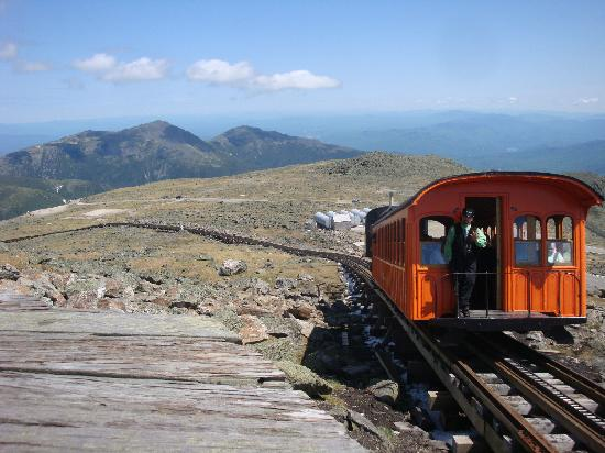 Timberland Campground: Mt Washington just 12 miles away