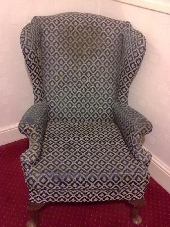 โรงแรมเวนท์เวิร์ธ เฮาส์: Is this Father Jack's chair?