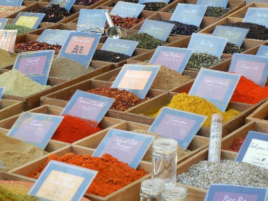 Vieil Aix : Spices in the market, Aix-en-Provence